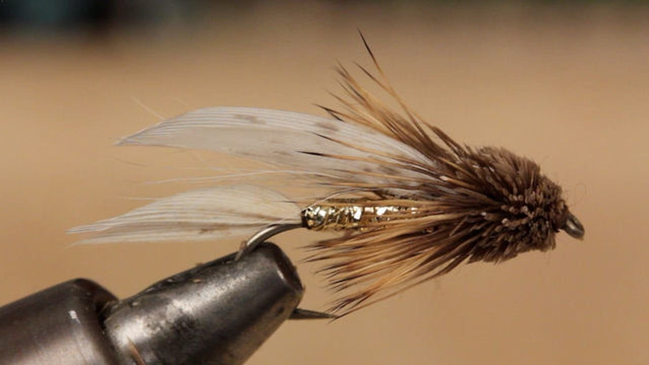 Video tying a muddler minnow diy fly fishing for Fly fishing tying
