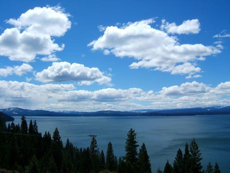 Lake Almanor in California